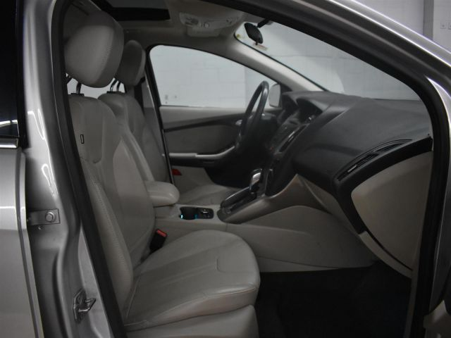 2012 Ford Focus SEL * LEATHER * CRUISE *