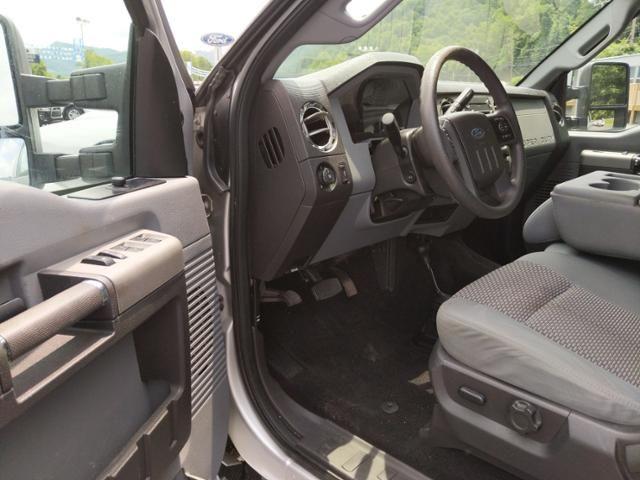 2012 Ford Super Duty F-250 SRW 4WD Crew Cab 156 XLT