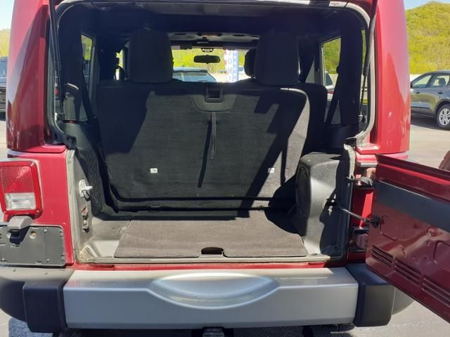 2012 Jeep Wrangler 4WD 2dr Sahara