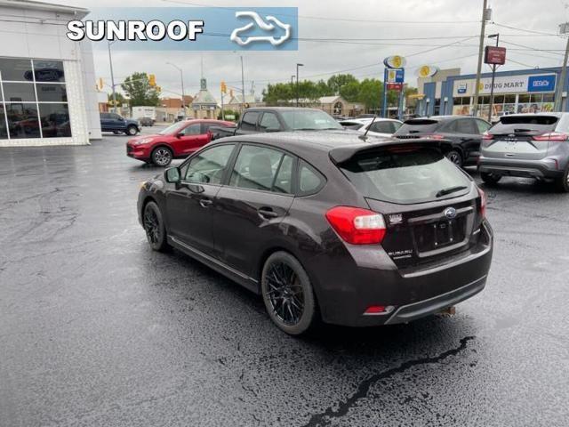 2012 Subaru Impreza PREMIUM AWD-SUNROOF-107 B/W