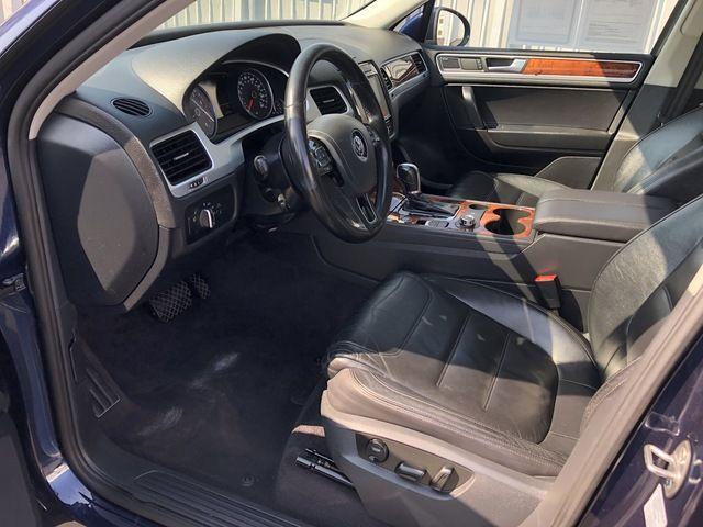 2012 Volkswagen Touareg 4dr VR6 Sport