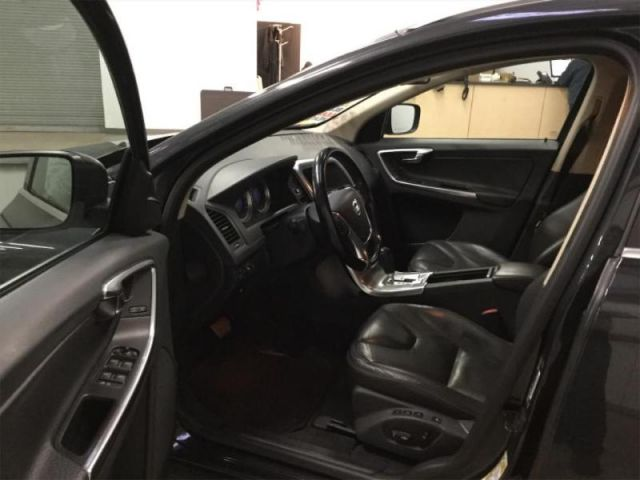 2012 Volvo XC60 3.2 Premier Plus