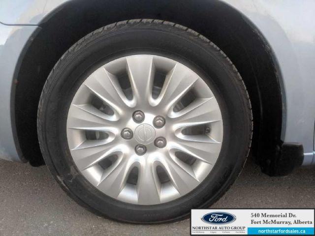 2013 Chrysler 200 LX|2.4L|Customer Preferred Pkg