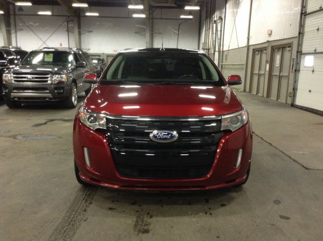 2013 Ford Edge 4 Door Car