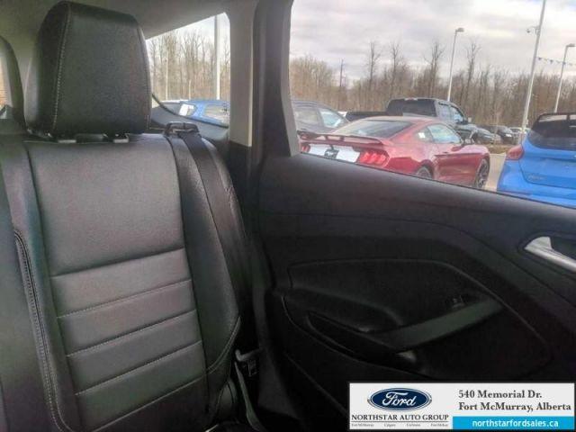2013 Ford Escape SEL 2.0L Rem Start Nav Panoramic Roof Tech Pkg