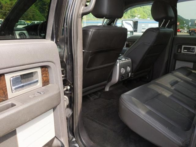 2013 Ford F-150 4WD SuperCrew 157 Platinum