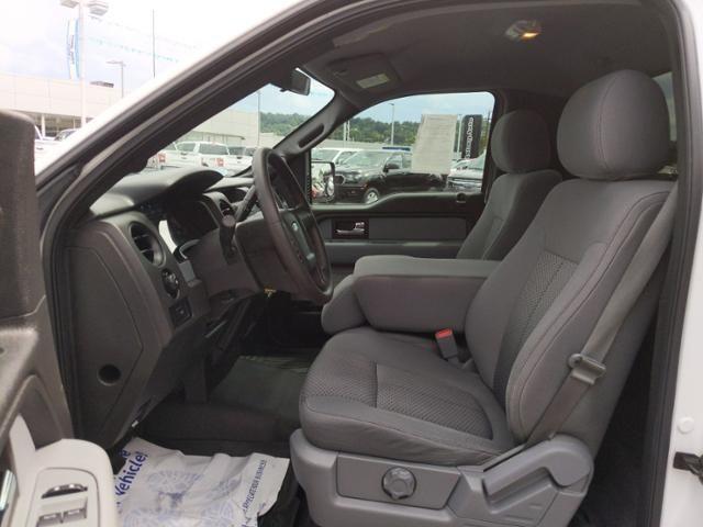 2013 Ford F-150 4WD Reg Cab 126 STX