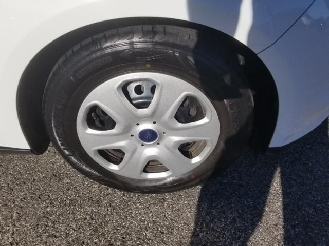 2013 Ford Focus 4dr Sdn S