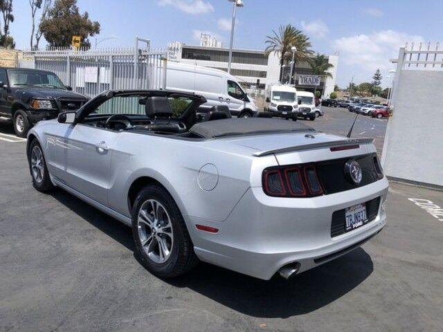 2013 Ford Mustang 2dr Conv V6 Premium