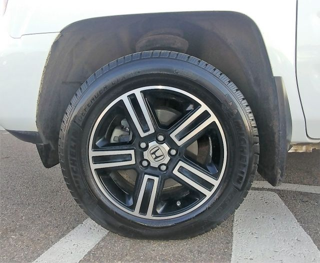 2013 Honda Ridgeline Sport  4WD, Remote Start, Tonneau Cover