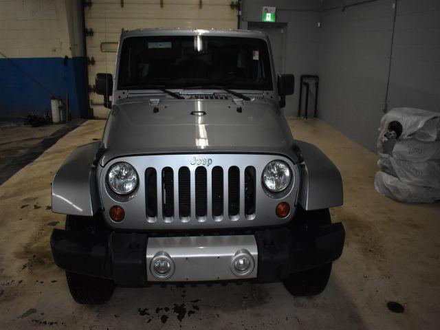 2013 Jeep Wrangler Unlimited SAHARA *LEATHER * HARD TOP *
