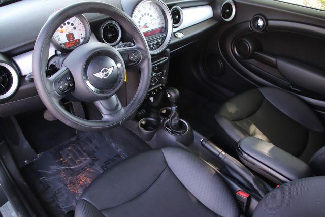 2013 Mini COOPER Hatchback