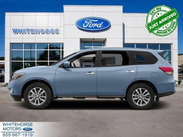 2013 Nissan Pathfinder SL  - Leather Seats -  Bluetooth - $182 B/W