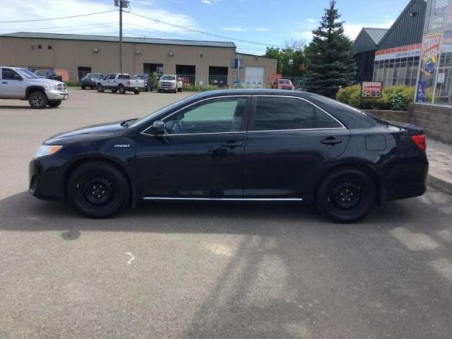 2013 Toyota Camry Hybride LE