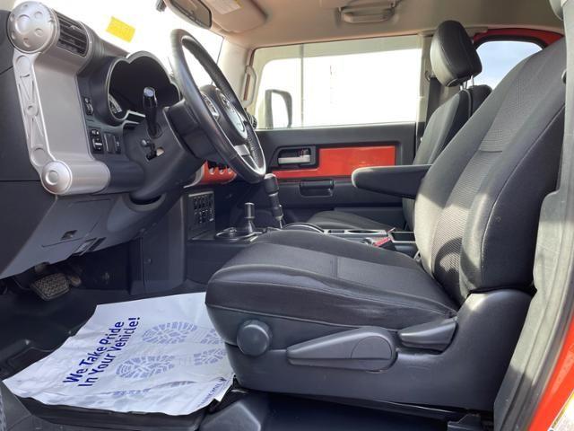 2013 Toyota FJ Cruiser 4WD 4dr Auto