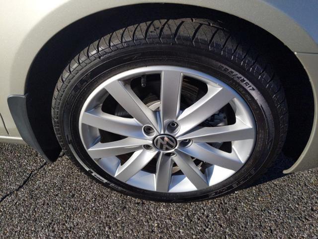 2013 Volkswagen Jetta SportWagen 4dr DSG TDI w/Sunroof