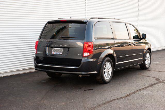 2014 Dodge Grand Caravan SXT / ACCIDENT FREE / BACK UP CAM / DVD