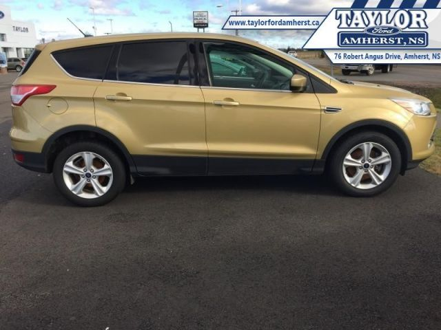 2014 Ford Escape SE  - One owner - Trade-in - Bluetooth - $39.62 /Wk