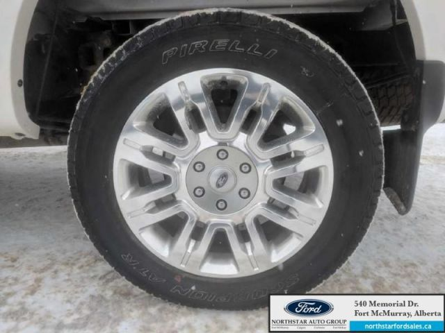 2014 Ford F-150 Platinum  |3.5L|Rem Start|Nav|Max Trailer Tow