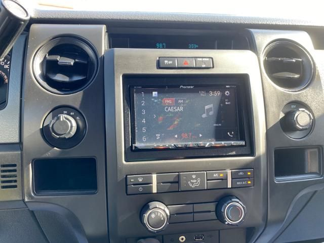 2014 Ford F-150 4WD SuperCab 145 STX