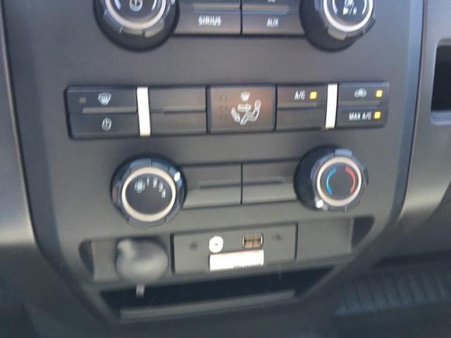 2014 Ford F-150 2WD Reg Cab 145 XL