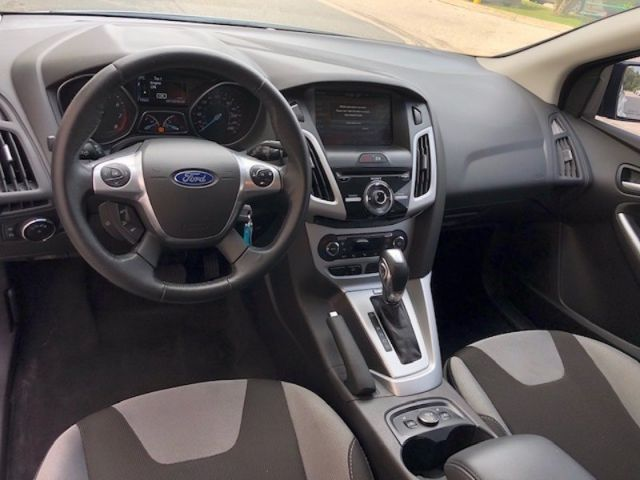 2014 Ford Focus SE  - One owner - Bluetooth -  SYNC