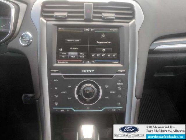 2014 Ford Fusion Titanium  |2.0L|Rem Start|Moonroof|Nav|Low Mileage