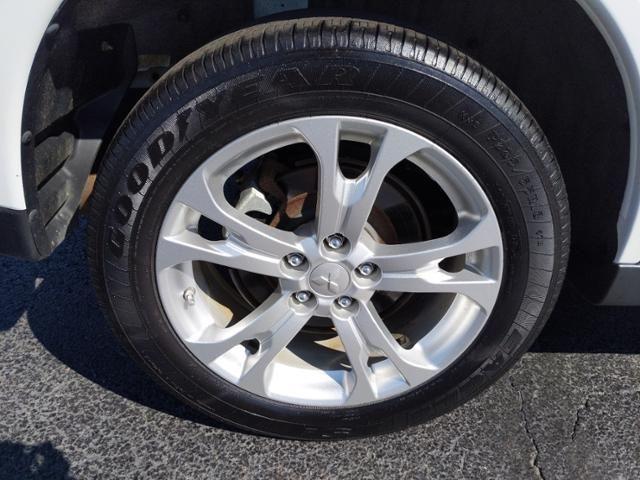 2014 Mitsubishi Outlander 4WD 4dr SE