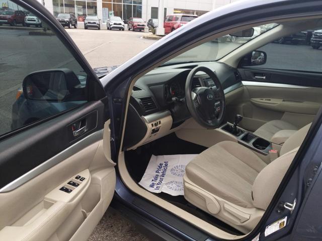 2014 Subaru Outback 4dr Wgn H4 Man 2.5i