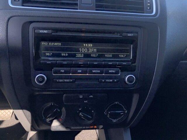 2014 Volkswagen Jetta 4dr Auto S