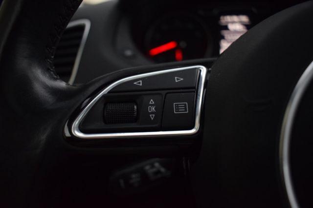 2015 Audi Q3 PROGRESSIV  AWD   HEATED SEATS   MOONROOF   POWER LIFTGATE   SIR