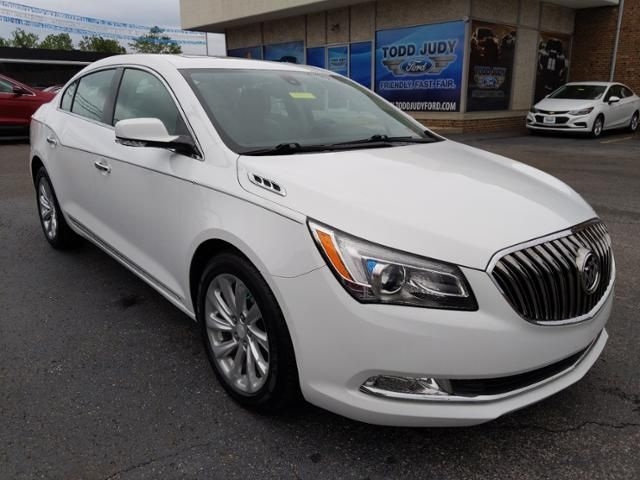 2015 Buick LaCrosse 4dr Sdn Leather FWD