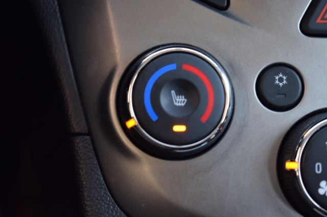 2015 Chevrolet Sonic LT    HEATED SEATS   BACK UP CAM  