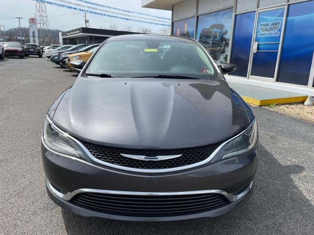 2015 Chrysler 200 4dr Sdn Limited FWD