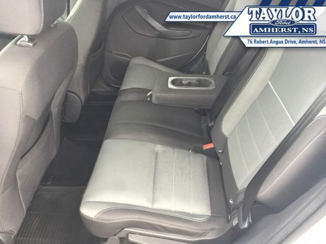 2015 Ford Escape SE  - Bluetooth -  Heated Seats - $54.92 /Wk