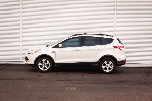 2015 Ford Escape SE / ACCIDENT FREE / BACK UP CAM / ROOF RACK