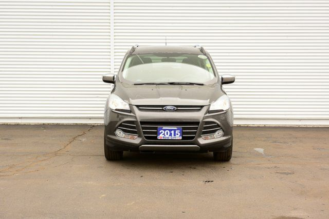 2015 Ford Escape SE / Accident Free / Backup Cam / Nav / SYNC