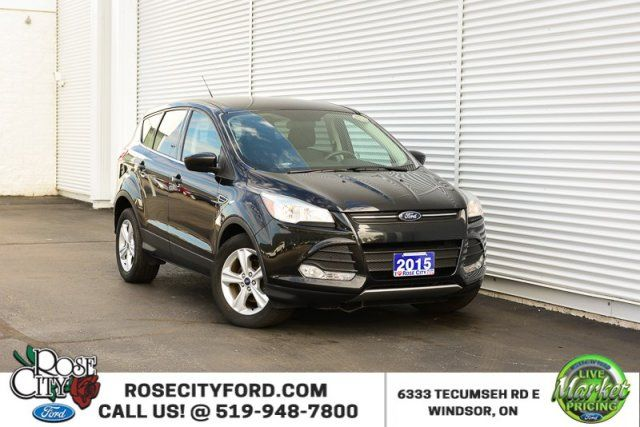 2015 Ford Escape SE / ONE OWNER / ACCIDENT FREE / BACK UP CAM /