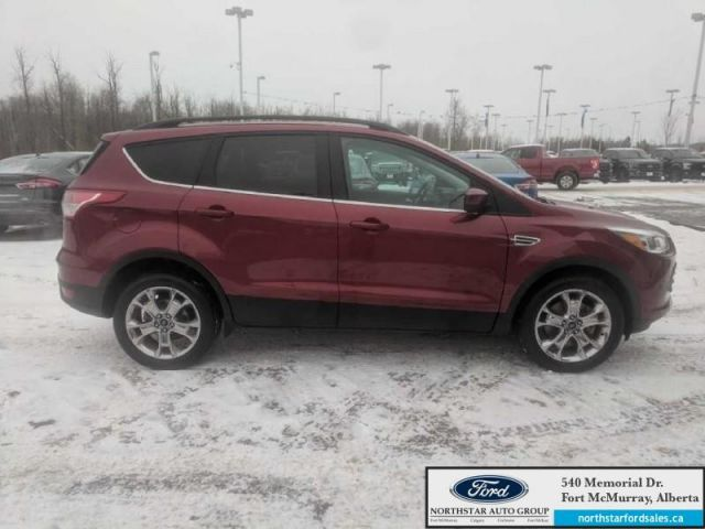 2015 Ford Escape SE 4WD|2.0L|Rem Start|Nav|Panoramic Roof|Power Liftgate