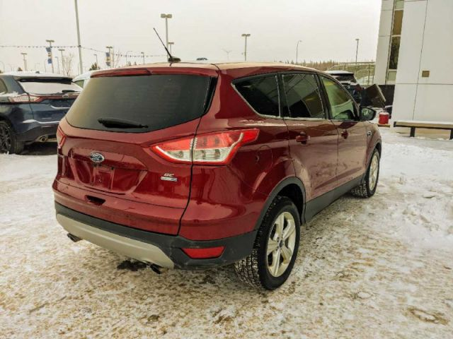 2015 Ford Escape SE 4WD   2 YEARS / 40,000KMS POWERTRAIN WARRANTY INCLUDED