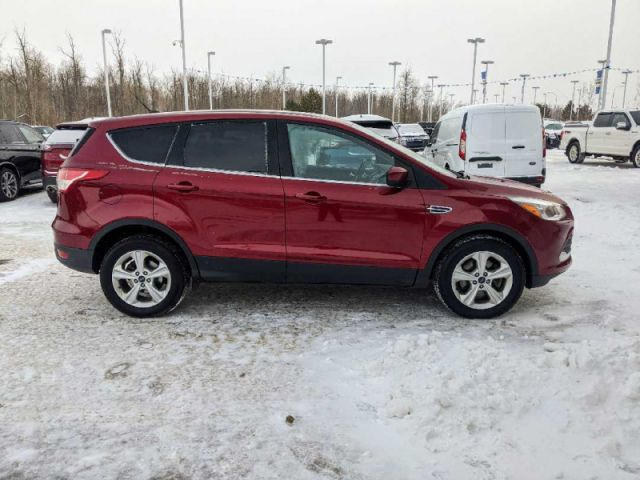 2015 Ford Escape SE 4WD  |2 YEARS / 40,000KMS POWERTRAIN WARRANTY INCLUDED