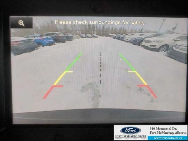 2015 Ford Explorer XLT  |3.5L|Rem Start|Nav|Dual Panel Moonroof