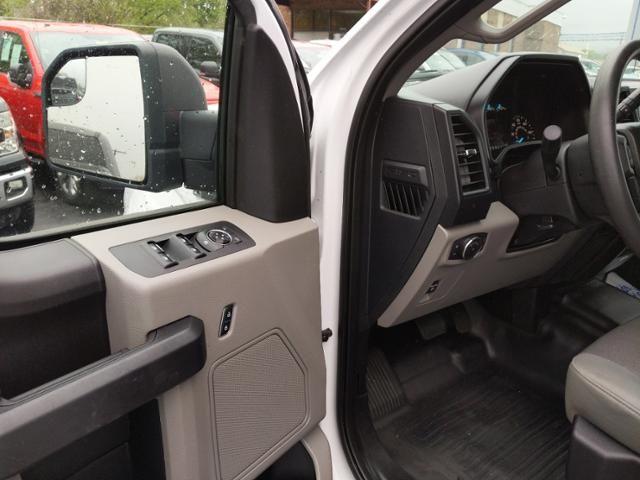 2015 Ford F-150 4WD SuperCab 145 XL