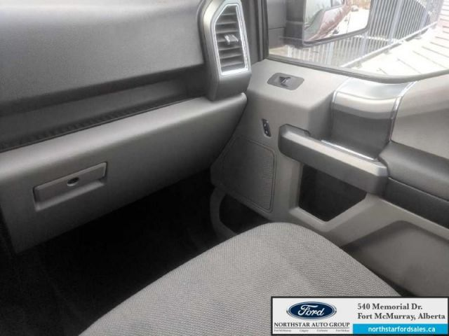 2015 Ford F-150 XLT  |5.0L|Rem Start|Nav|XTR Pkg