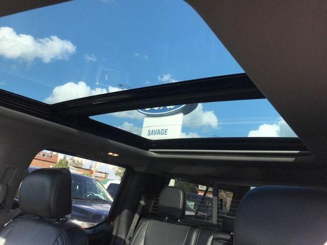 2015 Ford F-150 LARIAT- FULLY LOADED/ ROOF/ NAV/