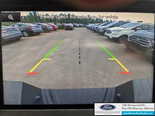 2015 Ford F-350 Super Duty Lariat  |6.7L|Rem Start|Nav|Moonroof|FX4 Offroad Pkg