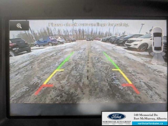 2015 Ford Focus Titanium   2.0L Nav Engine Block Heater