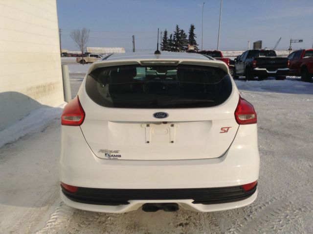 2015 Ford Focus 4 Door Car