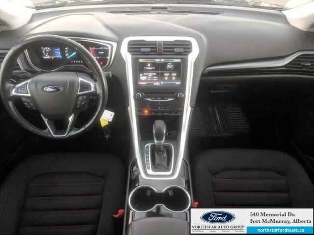2015 Ford Fusion SE 2.0L SE Appearance Pkg Moonroof
