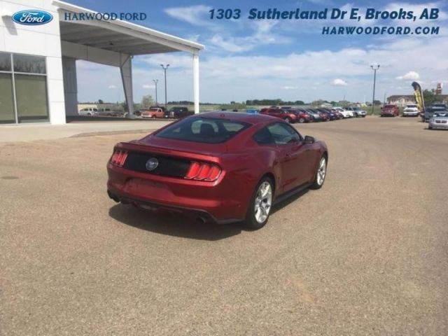 2015 Ford Mustang EcoBoost Premium